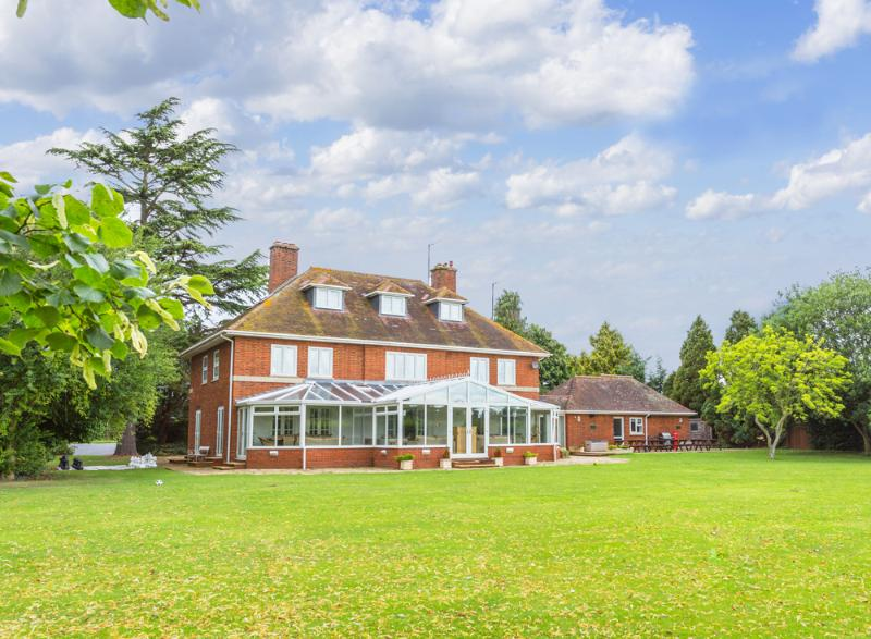Crofts Hall - Image 1 - Sutton Saint Nicholas - rentals