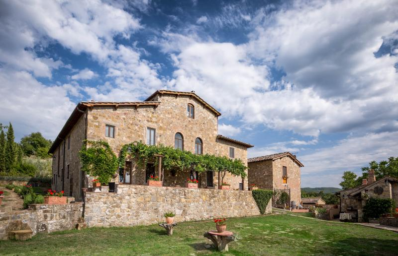 Villa front - Podere Felceto (Villa, Fienile & Cottage) Chianti - Greve in Chianti - rentals