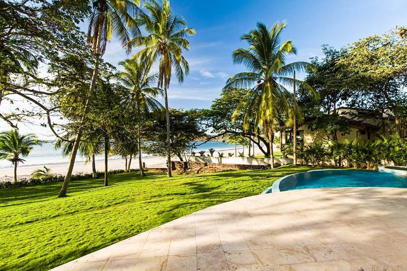 Hacienda Casa Del Arbol, Sleeps 10 - Image 1 - Playa Flamingo - rentals