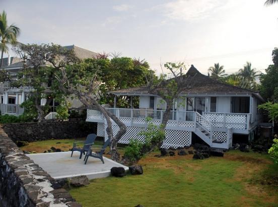 Turtle View Hale- Cozy Oceanfront Relaxation! - Image 1 - Kailua-Kona - rentals