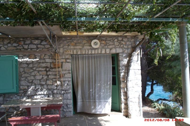 H(4): terrace - 7302 H(4) - Cove Podrazisce (Selca) - Selca - rentals