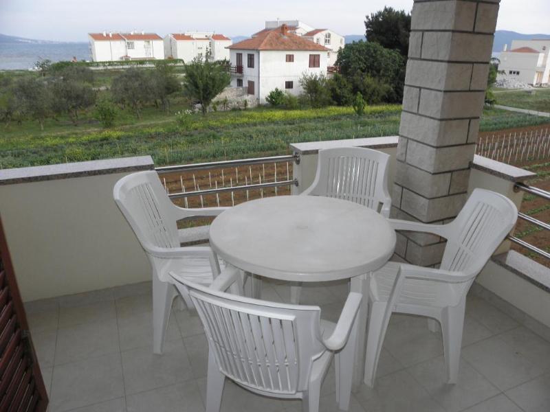 A3(2+2): terrace - 3970 A3(2+2) - Sukosan - Sukosan - rentals