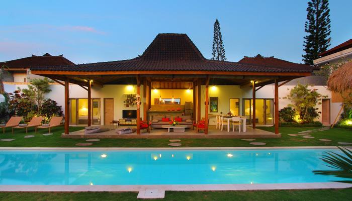 Villa Aksara - Oberoi, 250m from Seminyak Square - Image 1 - Seminyak - rentals