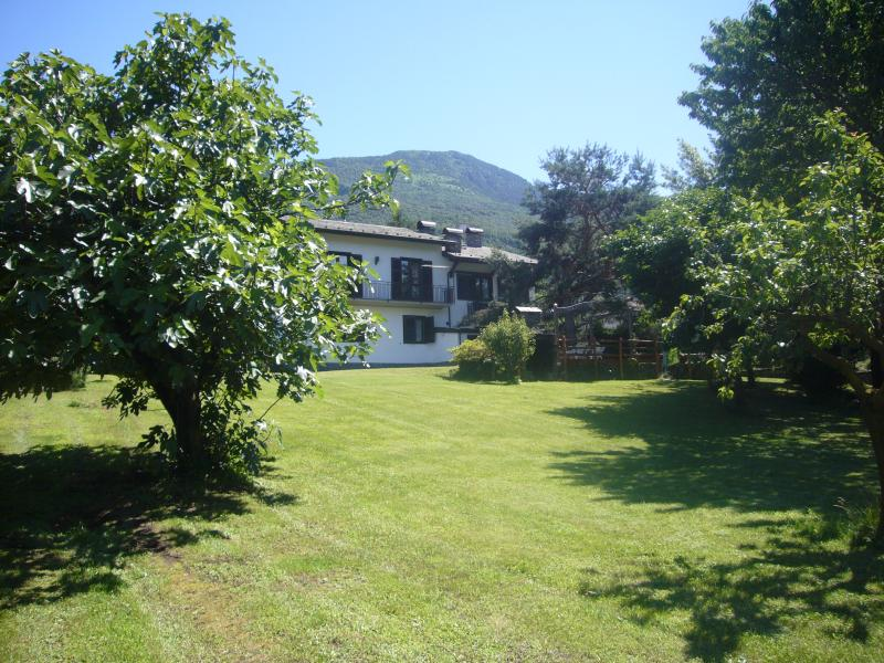 Beautiful family villa ideal for big groups - Villa delle Rose - Colico - rentals