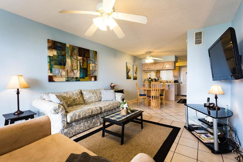Living Room - Beach Condo Panoramic Ocean View - Great Low Rates - Cocoa Beach - rentals