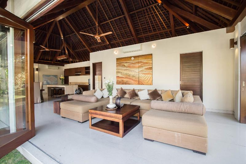 Living Room - Villa Kula | 5* Bali Villa | Close to Seminyak - Seminyak - rentals