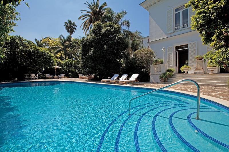 Lovely Villa with Pool, Walking Distance to Beach and Sorrento Center - Villa Oro - Image 1 - Sant'Agnello - rentals