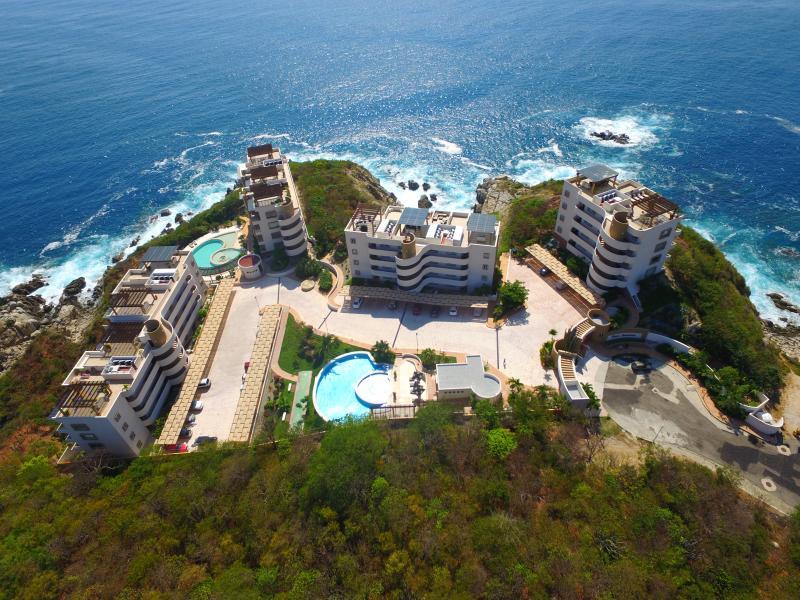Ocean Front - Punta Arrocito:  Luxury Ocean Front Condos - Huatulco - rentals