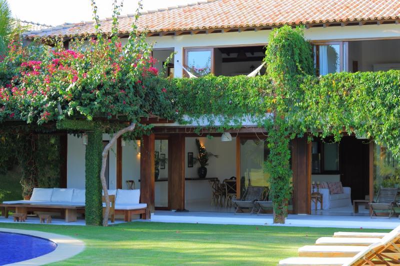 Awe-inspiring 7 Bedroom Home in Quadrado - Image 1 - Trancoso - rentals