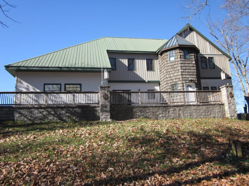 Cloud Nine/sleeps 10 on the Bluff of Lookout Mtn, - Image 1 - Chattanooga - rentals