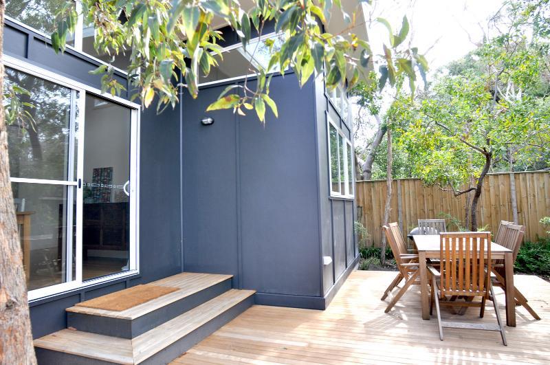MANNA-GUM BEACH HOUSE - Image 1 - Inverloch - rentals