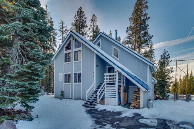 Sauna & separate studio, next to Royal Gorge! Two dogs ok! - Image 1 - Soda Springs - rentals