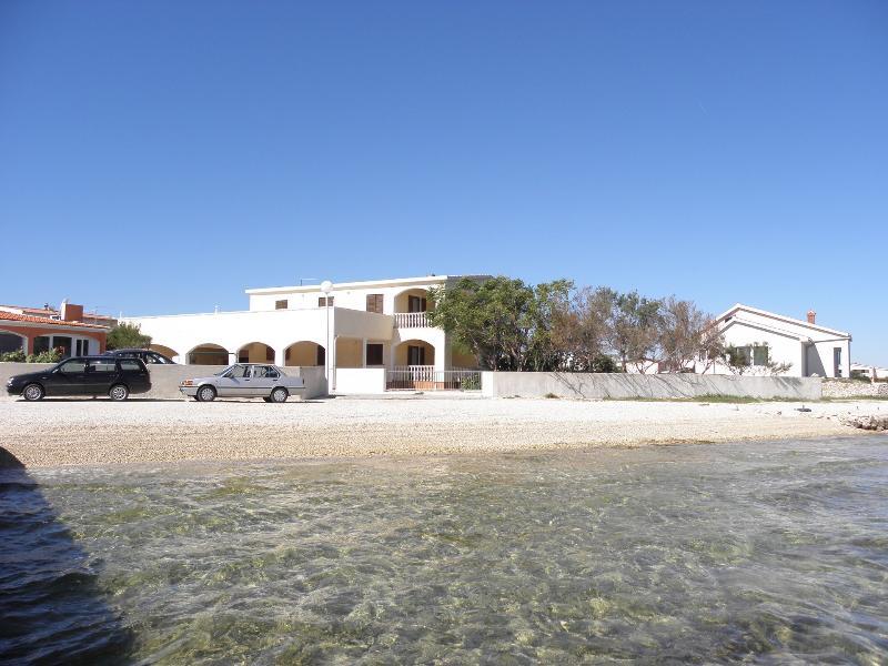 house - 2704 A 1.kat lijevo(2+2) - Vir - Vir - rentals