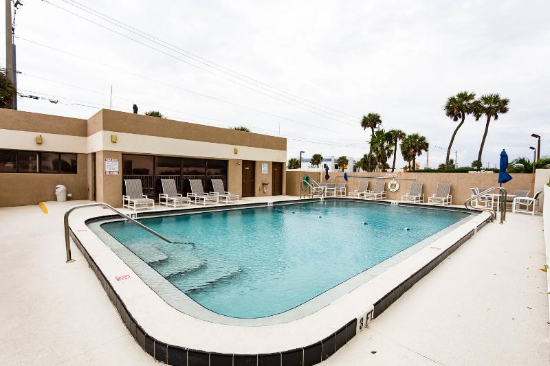 The Community Pool - Gorgeous Direct Ocean Condo - Panoramic Ocean View - Cocoa Beach - rentals