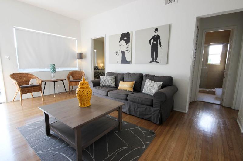 Luxury 2 Bedroom 2 Bath South Beach Condo w WiFi - Image 1 - Miami Beach - rentals