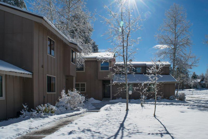 Book your Pagosa Springs vacation in this 3 bedroom,2 bath vacation condo. - Image 1 - Pagosa Springs - rentals
