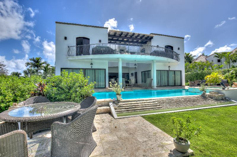 Incredible 8 Bedroom Villa just steps from the beach in the exclusive Tortuga Bay area of Punta Cana - Image 1 - Punta Cana - rentals