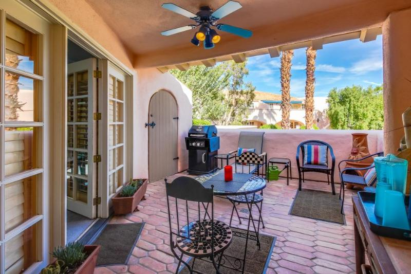 Downtown condo w/ shared pool, hot tub, & tennis courts! - Image 1 - Palm Springs - rentals