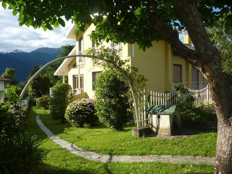 Villa Pina - Image 1 - Colico - rentals