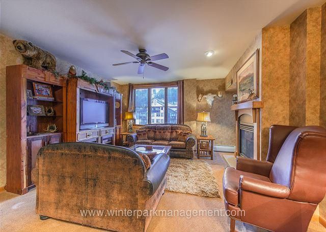 Ski in Ski out Riverside building three bedroom at the Zephyr Mountain Lodge. - Image 1 - Winter Park - rentals