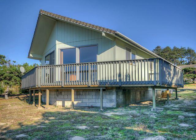 Sturrock R-147 rental located in Waldport Oregon - Image 1 - Waldport - rentals