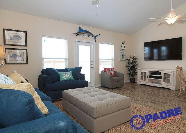 Living Area - ALL-NEW Townhouse at Exclusive Nemo Cay Resort! - Corpus Christi - rentals