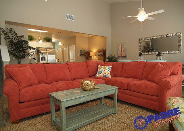 Living area - Beautiful Poolside property at the Luxurious Nemo Cay Resort! - Corpus Christi - rentals
