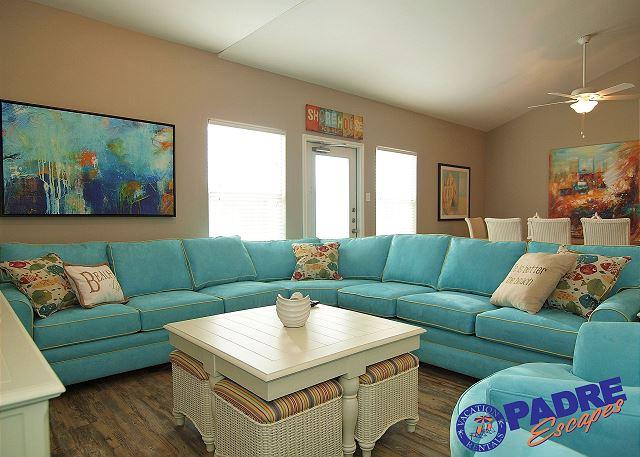 Living area - Come Enjoy this All-New 5-bedroom townhouse at the Exclusive Nemo Cay Resort. - Corpus Christi - rentals