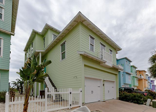 Welcome to Mint Julep - Mint Julep: Pool, Gated Subdivision, Ocean Views, Close to the Beach - Port Aransas - rentals