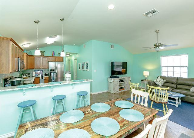 Dining Area - Orange Flamingo: Brand NEW Listing, Close to Beach, TV's in Every Room - Port Aransas - rentals