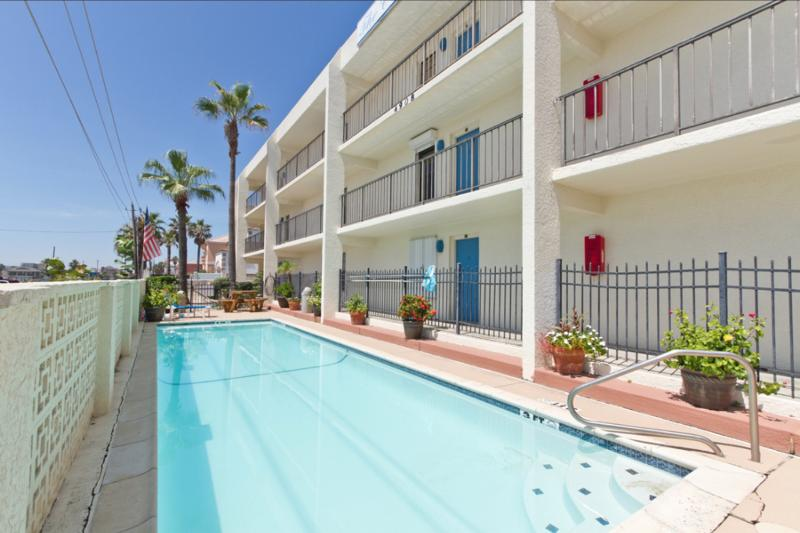 Pool area - Continental #104 - South Padre Island - rentals