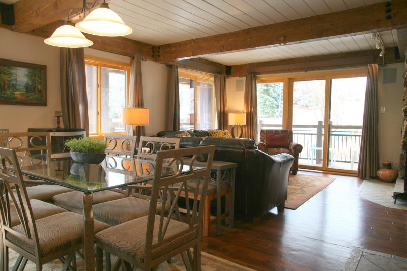 Dining-room and living-room - Lift One - 406 - 3B/3B - Aspen - rentals