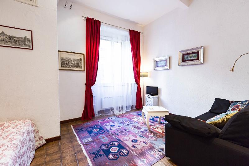 Living Room - COLOSSEUM: RomAntica INN - Rome - Rome - rentals