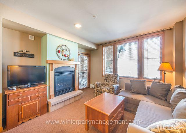 Ski in Ski out 1 bedroom at the Zephyr Mountain Lodge. Great views to slopes - Image 1 - Winter Park - rentals