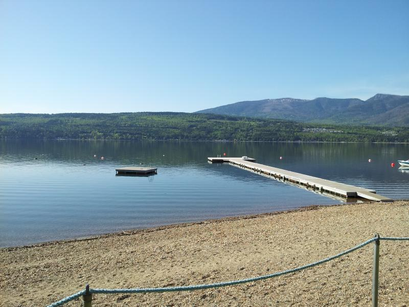 Scotch Creek Cottages #1 - Shuswap Lake vacations - Image 1 - Scotch Creek - rentals
