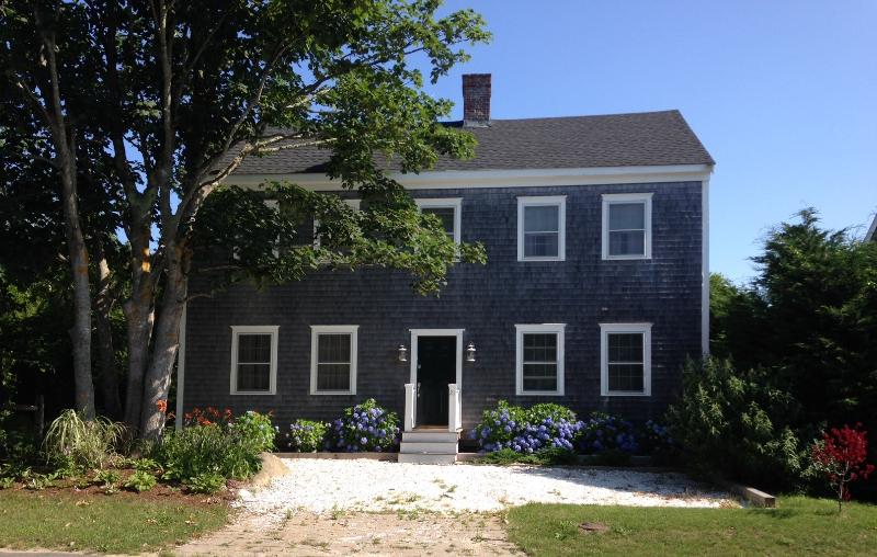 Nantucket Colonial - Nantucket Colonial Abuts Conservation Area - Nantucket - rentals