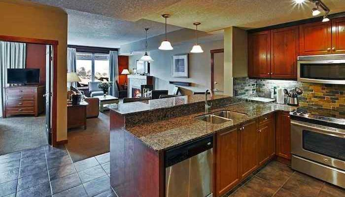 This beautiful condo features a gourmet kitchen with granite countertops. - Canmore Blackstone Mountain Lodge Beautiful 2 Bedroom Condo - Canmore - rentals