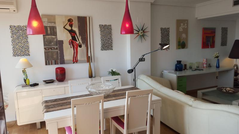 living room - FLAT CLOSE TO THE BEACH WITH  OCEANOGRAPHIC´S VIEW - Valencia - rentals