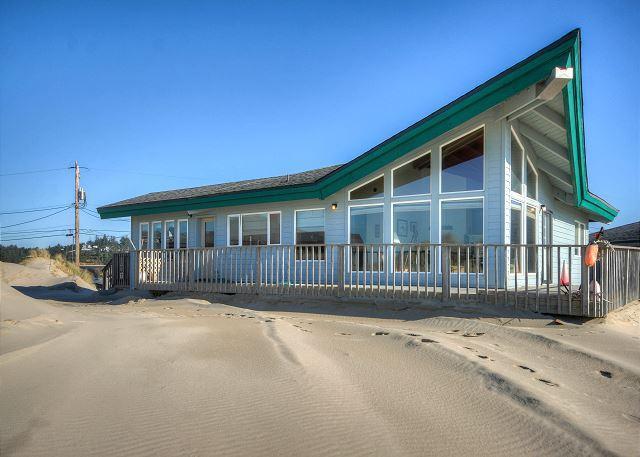 Floering House-R527 Waldport Oregon ocean front vacation rental - Image 1 - Waldport - rentals
