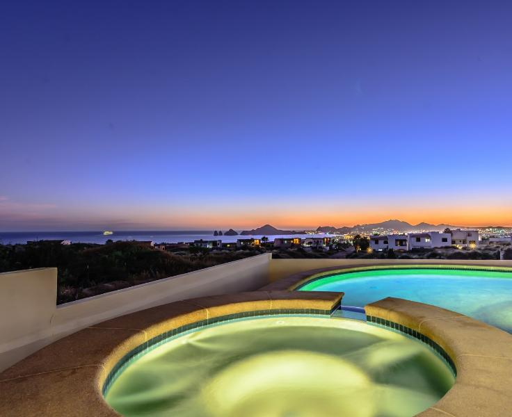 Spectacular views all day and night - LUXURY AND VALUE! OCEAN VIEW! 7-person MINIVAN! - Cabo San Lucas - rentals