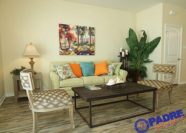 Living area - Professionally decorated 3/3 Townhouse at the Premier Vacation Destination! - Corpus Christi - rentals