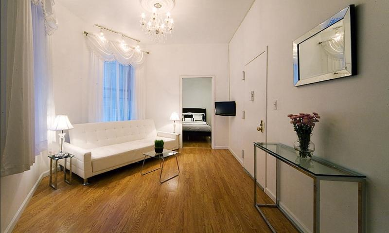 Times Square 3 Bedroom on 42nd Street A - Image 1 - New York City - rentals