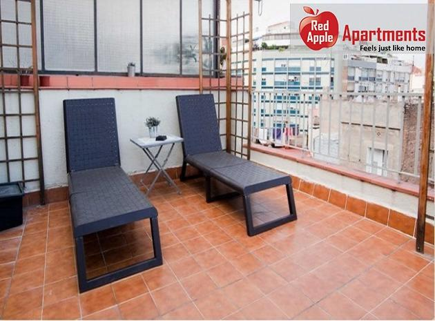 Romantic and Beautiful Apartment Perfect for a Couple!  - 324 - Image 1 - Barcelona - rentals