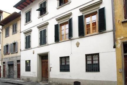 Elegant apartment in the historical centre of Florence - 3453 - Image 1 - Florence - rentals