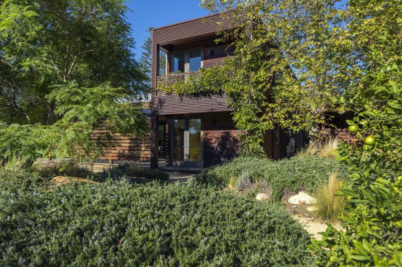 Award-winning modernist dream house with gorgeous backyard oasis - Upper East Retreat - Image 1 - Santa Barbara - rentals