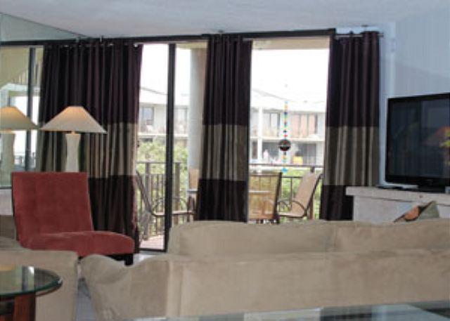 Elegant 3rd Floor 2 Bedroom Garden-view - Image 1 - Key West - rentals