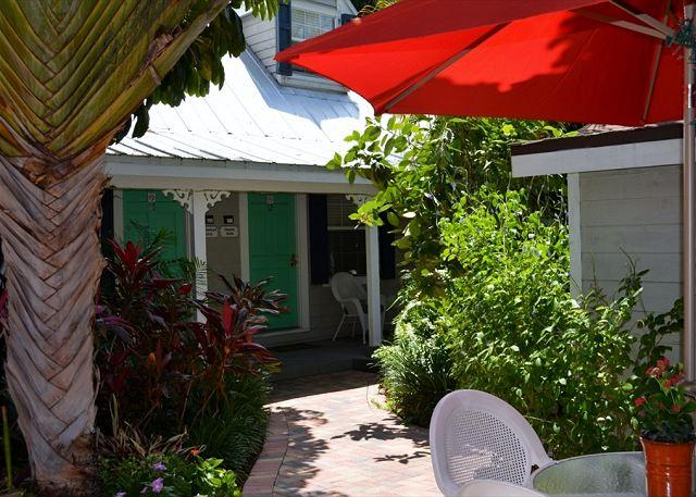 Nassau Suite Entrance - Downtown Nassau Oasis 1 Bedroom Townhouse steps to Duval - Key West - rentals