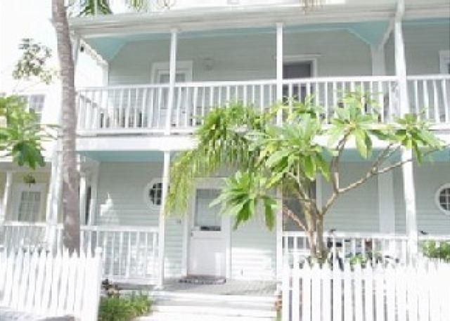 Truman Annex Irish Condo Innisfree - Image 1 - Key West - rentals