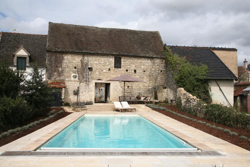Heated swimming pool - Maison Mazeray, Meursault. Character village home - Meursault - rentals