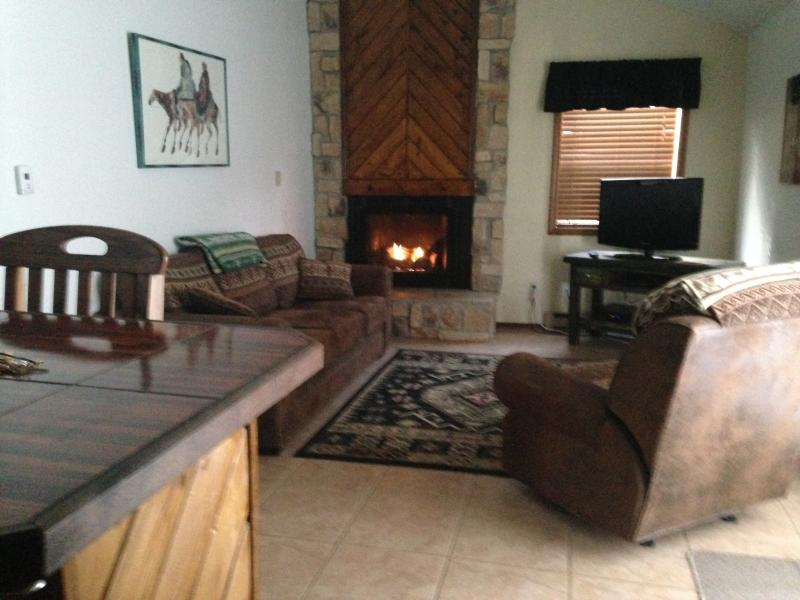 Gas Fireplace - Summer Weekly Rates Available - Angel Fire - rentals